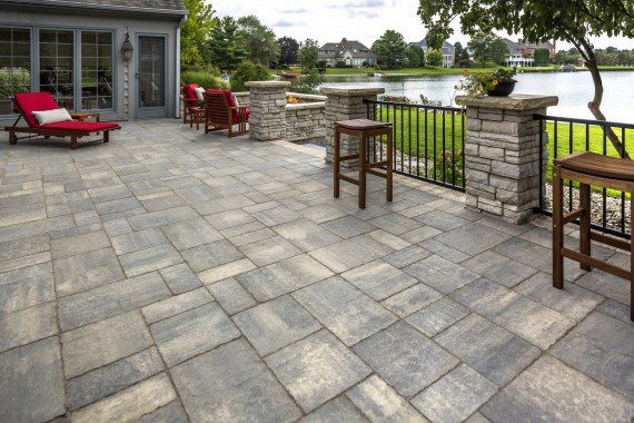 Beau Choosing Flagstone For Your Patio Can Grant You A One Of A Kind Design, As  This Natural Stone Comes In A Near Endless Variety Of Shapes And Subtle  Color ...