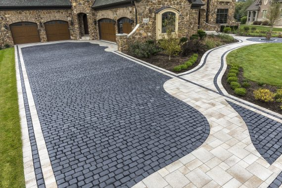 Stylish Bordering And Accents To Enhance Your Driveway