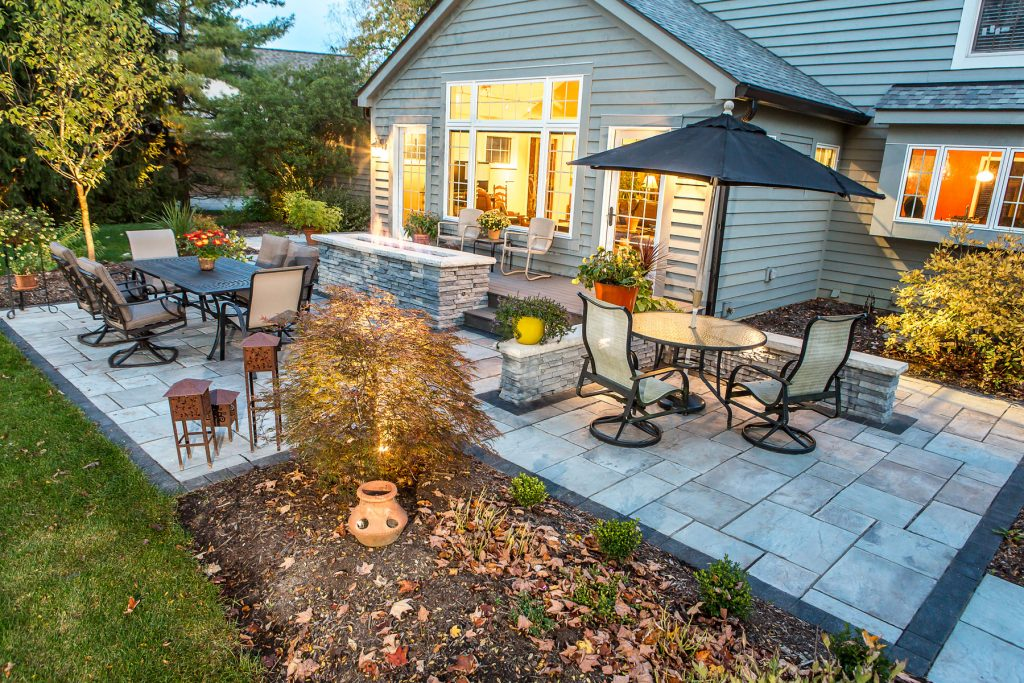 Timberwood Landscape Company uses Rivenstone Pavers to Create Stunning Patio in Worthington, OH