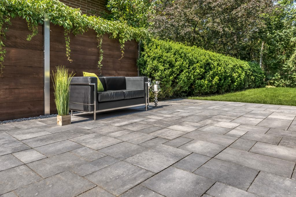 5 Pavers to Complement Your Contemporary Seacoast Landscape Design