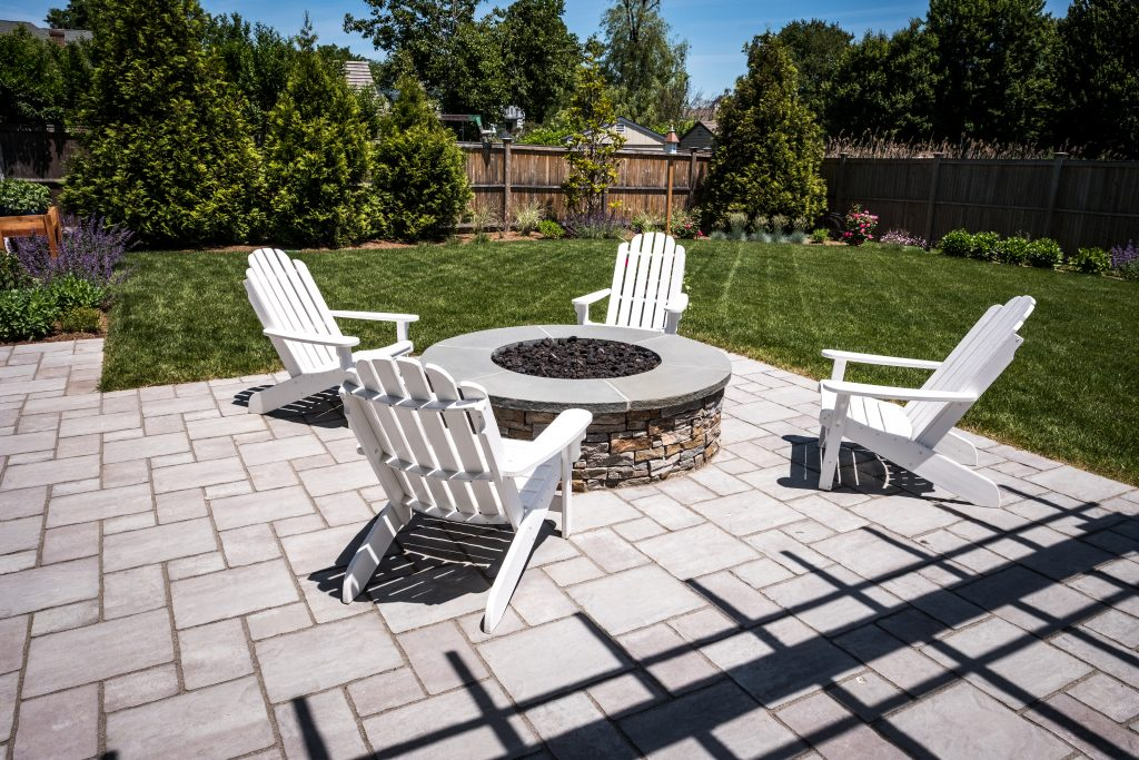 Earthworks Updates Fairfield, CT Backyard with New Thornbury Patio and Rivercrest Fire Pit