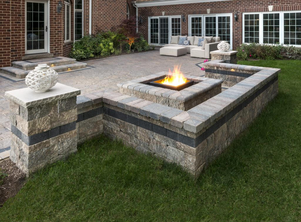 Fire Pits as Stunning Landscape Features in Midland, MI