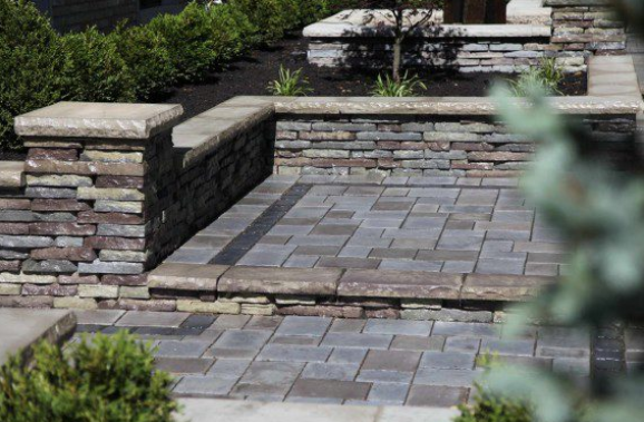 Achieve the Look of Natural Stone in Dix Hills, NY With Rivercrest Wall Retaining Walls