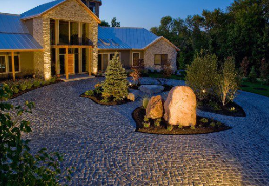 Why Paving Stones Made with Reala Technology Are a Great Option for Your Classic Hopatcong, NJ, Home