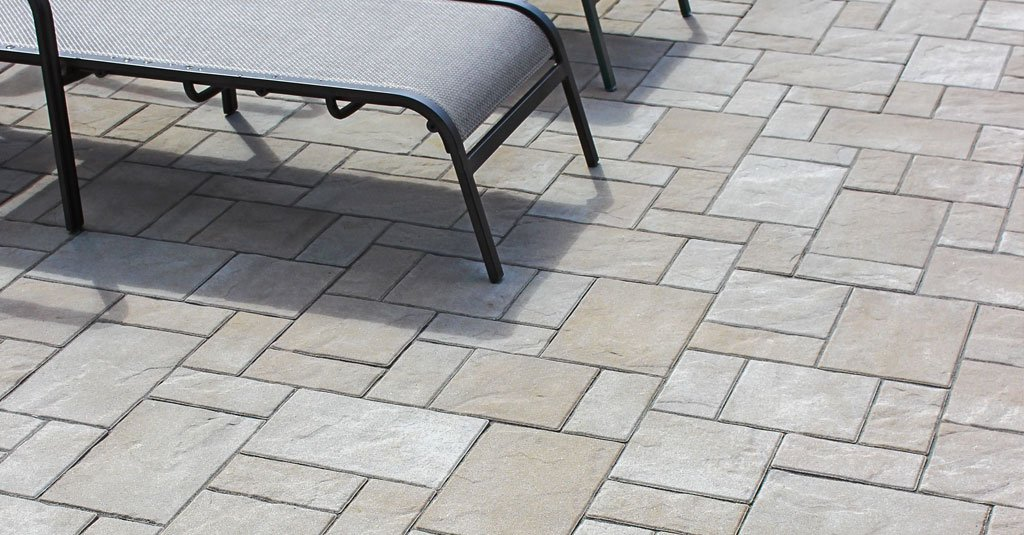 Product: Treo™ Premier Color: Almond Grove