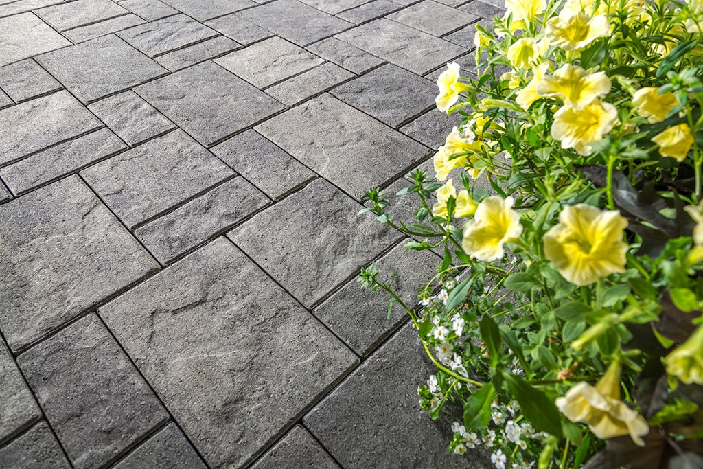 Product: Treo™ EnduraColor Classic Color: Granite Blend