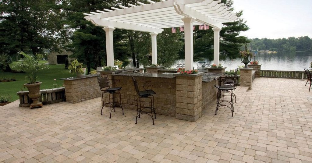Product: Camelot™ Color: Sandstone
