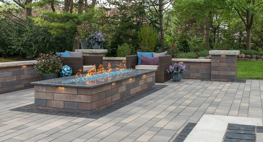 Product: Lineo™ Dimensional Stone Color: Sierra