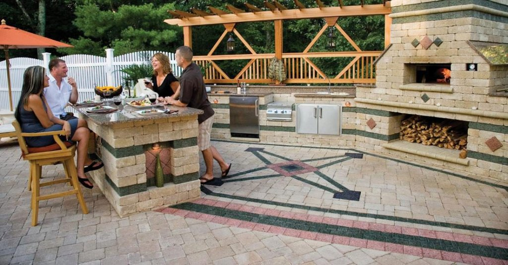 Product: Brussels Block® Color: Sandstone