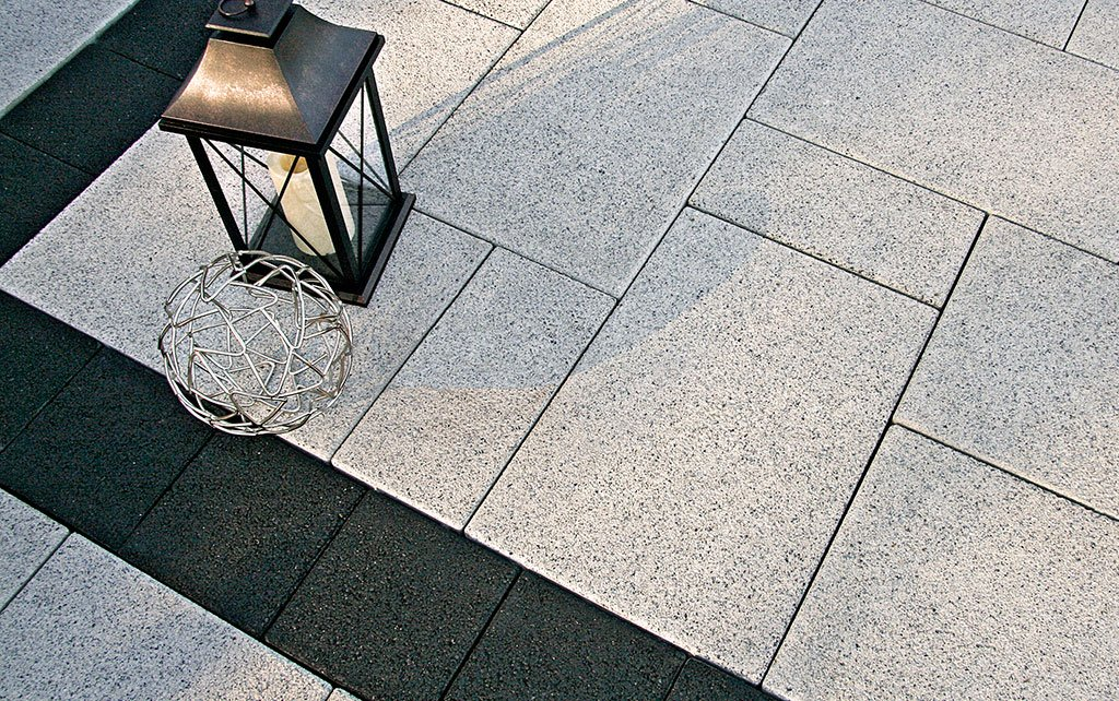 Product: Series 3000® Color: Black Granite, Ice Grey